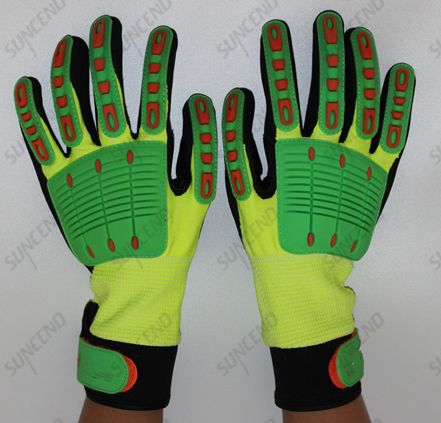 Sandy Nitrile Palm Coated with TPR Back Anti Impact Work Glove