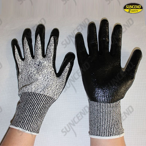 13gauge HPPE liner nitrile palm coated cut resistant gloves