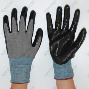 HPPE Liner Nitrile Palm Coated Work Gloves Cut Resistant Level 5 F Rating